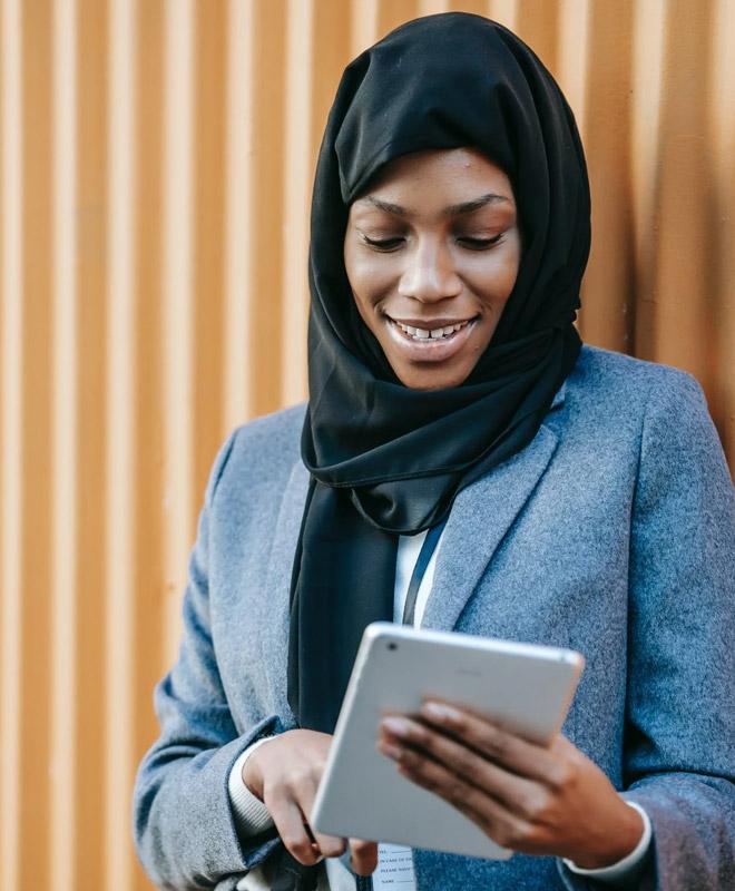 female-muslim-business-owner